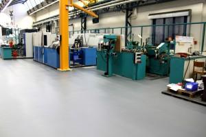 Fertige Beschichtung mit sauberer Anarbeitung an den Maschinen