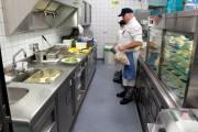 Küche Flughafen München nachher